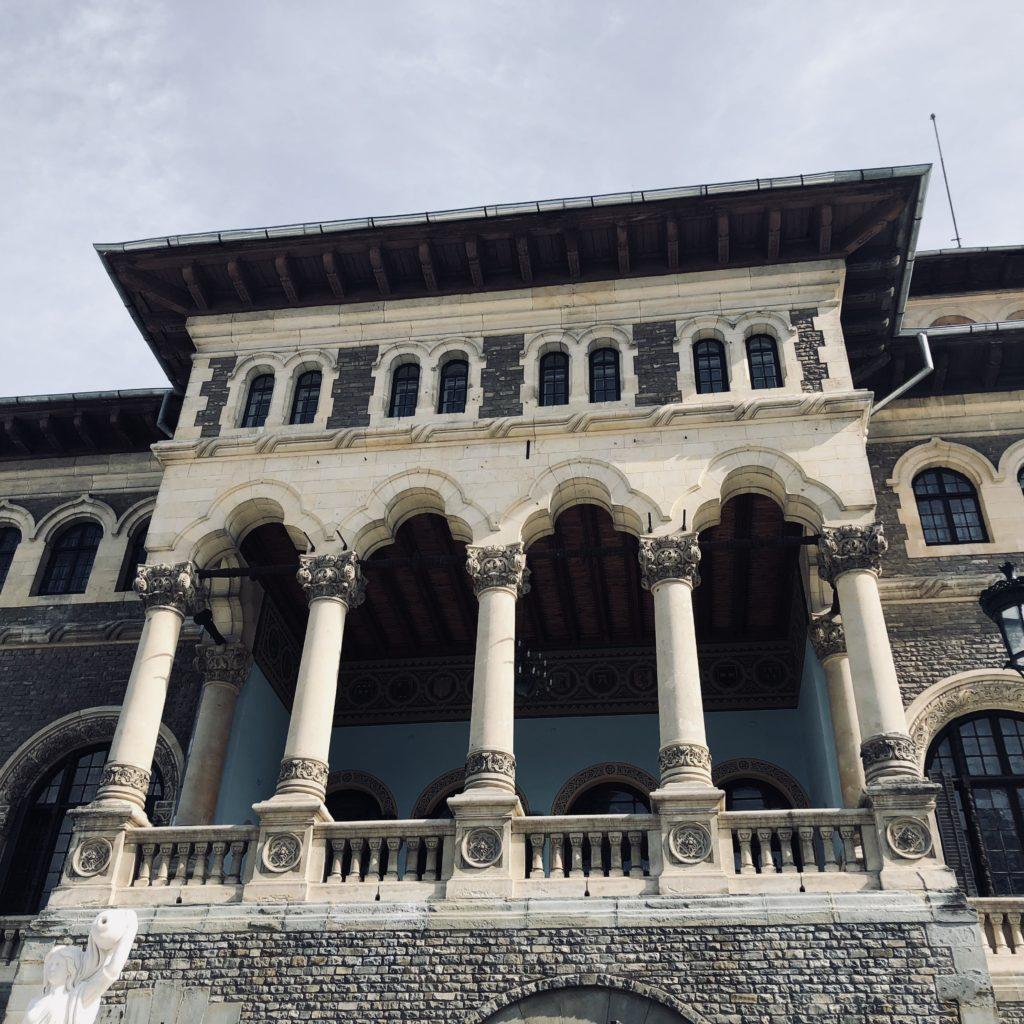 Etajul Castelului Cantacuzino
